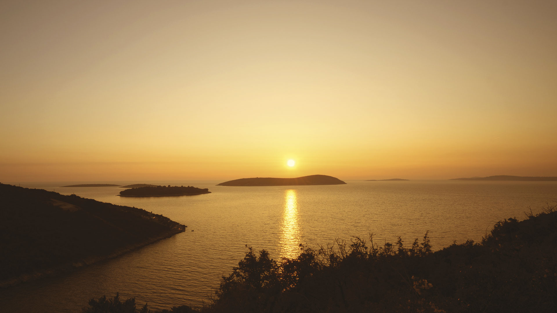 Croatia Land, Sunset Bay - Island Šolta